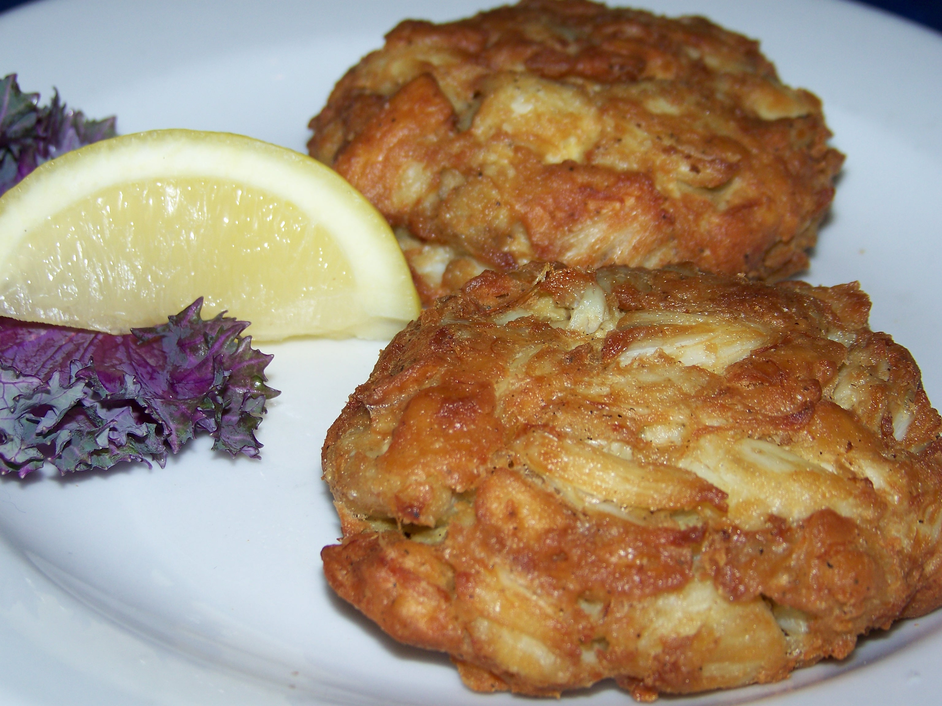 the most delicious crab cake recipes along with tips crab cake ...